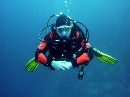 deep-diver-diving-suit-37530