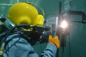 underwater-welding-5-1024x678
